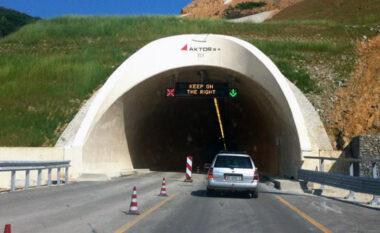 Aksident tragjik në tunelin Elbasan-Tiranë, plagosen dy persona