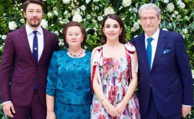 Krizë mes Armina Mevlanit dhe Shkëlzen Berishës? Blogerja tregon të vërtetën