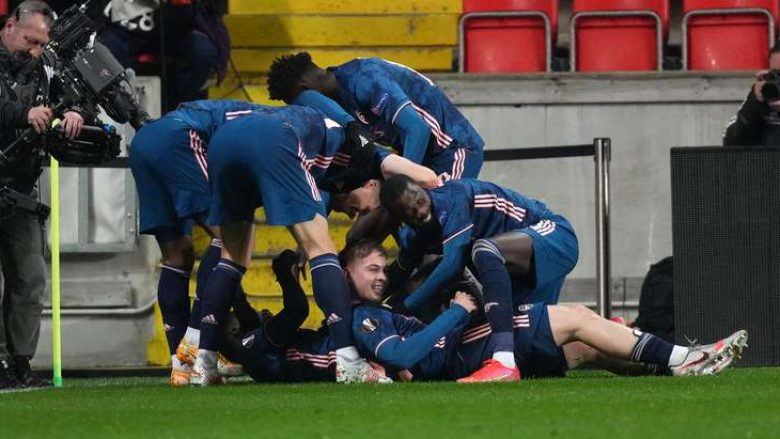 Arsenali shkatërron Slavian, ja me kë do përballet në gjysmëfinale (VIDEO)