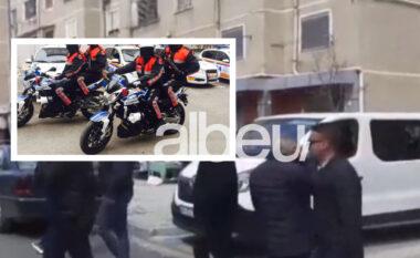 Si në filma, autori në Elbasan zbriti me forcë qytetarin nga makina dhe ia vodhi