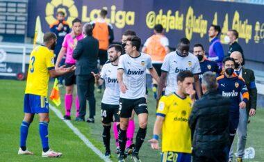 Racizëm në La Liga, mbrojtësi i Valencias: Cala më quajti m** i zi