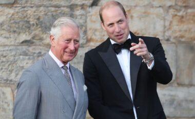 Babë e bir në garë, kë preferojnë anglezët si mbretin e tyre