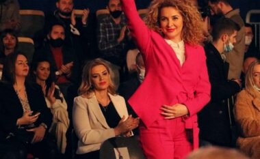 Albena Reshitaj tregon arsyet pse qëndroi në seancë dhe flet për të ardhmen e saj politike