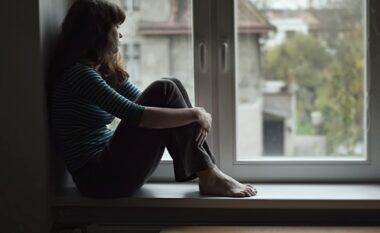Dyfishohen rastet e depresionit gjatë pandemisë, pjesa më e madhe të rinj