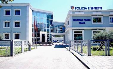 Kujdes! Vajza në Tiranë zhgënjehet nga blerja online, merr këpucët dhe shkon në Komisariat