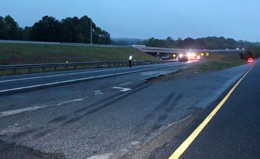 Përmbyset dhe merr flakë furgoni, 6 viktima në Xhorxhia