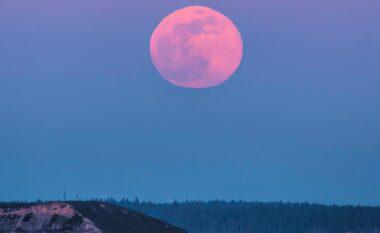 Hëna Rozë: Qiellin e 26 prillit s'duhet ta humbisni për asnjë arsye
