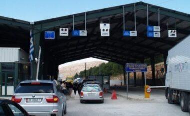 Lajmi i shumëpritur: Shqipëria heq karantinën për të ardhurit nga Greqia dhe Maqedonia
