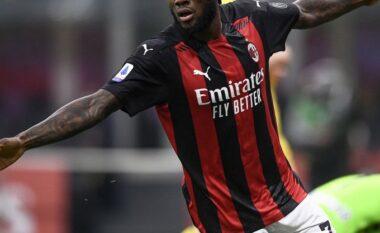 Milani fiton me vështirësi ndaj Parmës, e mbyll ndeshjen me 10 lojtarë (VIDEO)