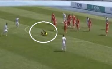 """Gallatë në Korçë, """"golin"""" e vetëm e shënon arbitri Laver Alla (VIDEO)"""