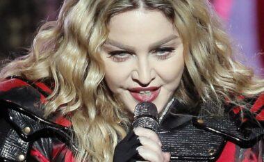 Madonna u bën thirrje amerikanëve: Kontrolli i armëve duhet të jetë vaksina e re (VIDEO)