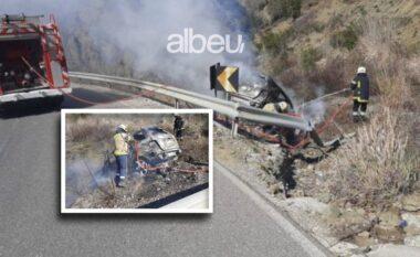 Shkrumbohet makina në autostradën Tiranë-Elbasan, shpëton mrekullisht shoferi