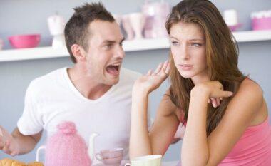 Shenja të qarta: 10 sjelljet e një mashkulli që nuk ju dashuron më
