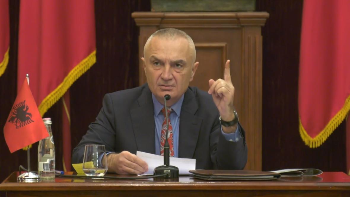 Kuvendi njëzëri kundër Metës! Rrëzohen me shumicë votash 12 dekretet e Presidentit
