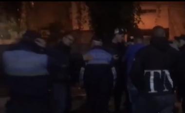 Kërcet sherri në një tjetër KZAZ në Tiranë, policia ndërhyn me urgjencë