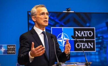 NATO: Presim që Rusia të angazhohet në bisedime me Ukrainën