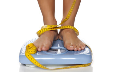 9 mënyra për të humbur peshë kur nuk mund të stërviteni
