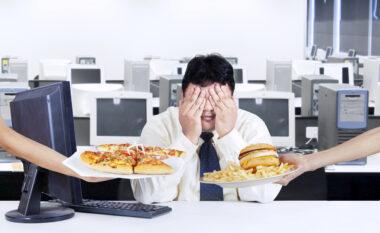 Këto 3 gabime të përditshme që bëni në punë ju shëndoshin pa e kuptuar
