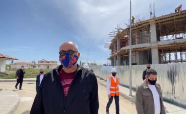 """""""Mbajini demokratët se mos hidhen"""", Rama batuta me punëtorët në Fushë-Krujë"""