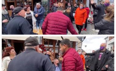 """""""Mirë se erdhe Edi Rama"""", kryeministri ndërron rrugën në Gjirokastër kur dëgjon këngën (VIDEO)"""