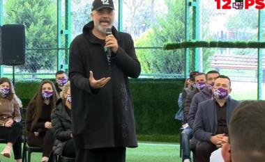 """""""Pa të Shqipëria nuk do ishte sot duke kryer vaksinimin masiv"""", Rama i """"mëson"""" politikën të rinjve të Burrelit"""