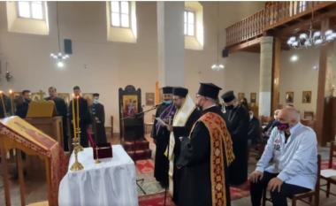 """Rama merr pjesë në dorëzimin e """"eshtrave"""" të shejtorit serb në Elbasan"""