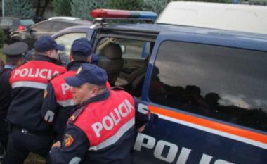 Sherr te Liqeni i Thatë në Tiranë, 2 të rinj godasin me sende të forta një person