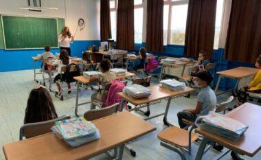 Përhapje shqetësuese e koronavirusit në shkollat e Kosovës