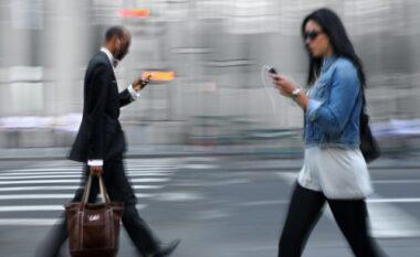 Studim i fundit: Arsyeja pse nuk duhet ta përdorni telefonin në rrugë