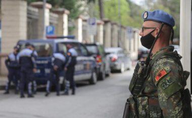Zgjedhjet/ Ushtria blindon ambasadat dhe institucionet e rëndësisë së veçantë (FOTO LAJM)
