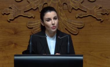 Mbyllja si rrallëherë e Rinasit, Balluku i justifikohet shqiptarëve: Nuk e ka në dorë Qeveria