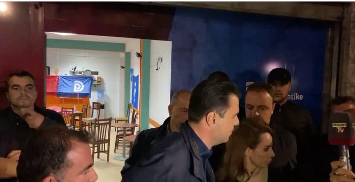 Lulzim Basha viziton në spital të plagosurin në zyrën e PD në Kavajë
