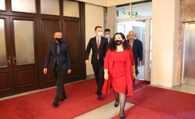 LDK e vendosur, 3 deputetët nuk e votojnë Vjosa Osmanin për presidente