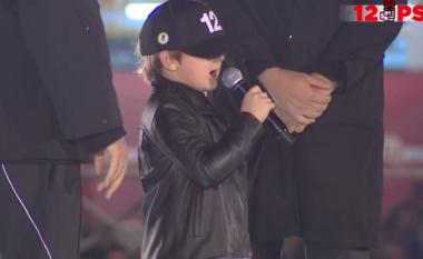 Familja e Ramës ngjitet në podium, Zaho: Mirmbrëma, e dua Vlorën (VIDEO)