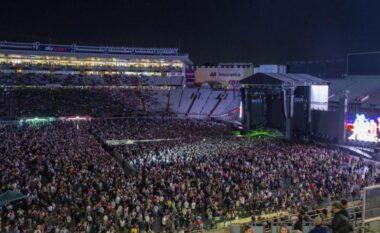 Bota e izoluar, në Zelandën e Re mbahet koncert me 50 mijë njerëz