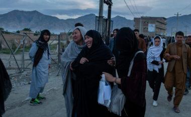 Sulmi me bomba në shkollën e vajzave në Afganistan, shkon në 85 numri i viktimave