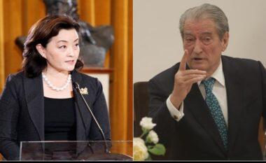 Përplasja Berisha-Kim, VOA: Ish-kryeministri nuk tërhiqet, do jetë në Parlament!