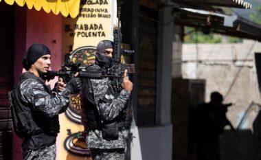 Policia vret 25 persona gjatë një operacioni anti-drogë në Brazil
