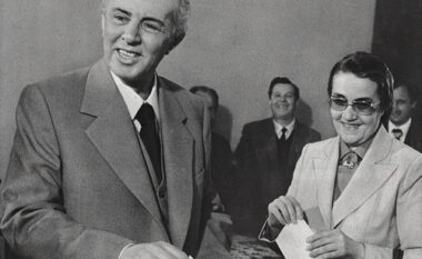 Zbulohet ditari i Enver Hoxhës: Ne do t'a mbrojmë Kosovën, le t'a dijë e gjithë bota!