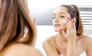 Kujdes! Dermatologët tregojnë pse pasta e dhëmbëve nuk funksionon për aknet