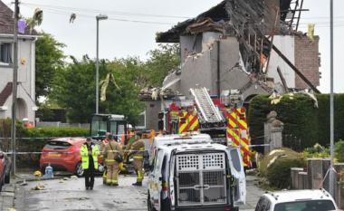 Shpërthimi i gazit shkatërron dy shtëpi në Britani, ndërron jetë një fëmijë