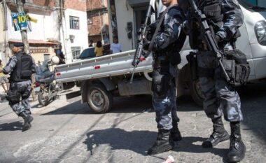 Përplasja mes policisë dhe trafikantëve në Rio De Janeiro, të paktën 20 viktima