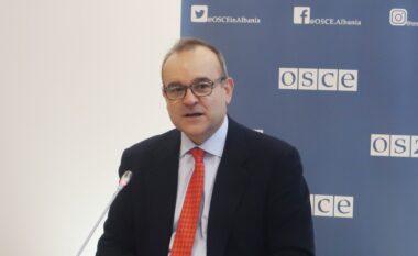 Vrasja e Xhuvanit në Elbasan, ambasadori i OSBE: Gjyqësori do të bëjë atë që duhet bërë