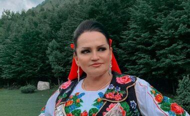 Fatmira Breçani bëhet gjyshe për herë të parë