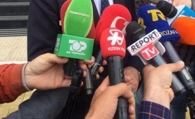 Liria e medias në rënie në Shqipëri, shtohen paditë ndaj gazetarëve