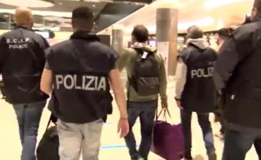 """Ishte arratisur në Spanjë, ekstradohet në Itali bosi i """"Ndragheta""""-s,"""