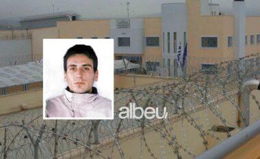 EMRI/ Sherr në burg, shqiptari bën për spital grabitësin e njohur grek
