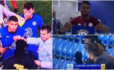 Hodhi në tokë flamurin e Chelsea, lojtarët blu bëjnë të pendohet futbollistin e Leicester (VIDEO)