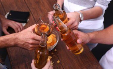 Studimi i fundit: Alkooli zvogëlon vëllimin e lëndës gri të trurit