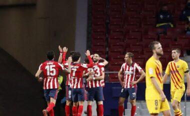 Një nga ndeshjet më të rëndësishme të sezonit në La Liga, caktohet gjyqtari për sfidën Barcelona – Atletico Madrid